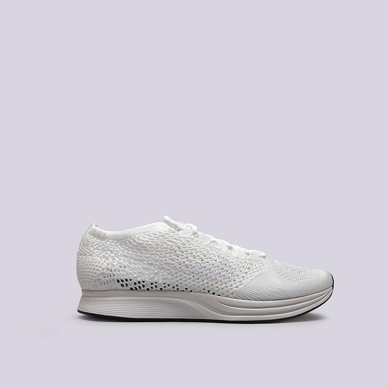 Кроссовки Nike Flyknit RacerКроссовки lifestyle<br>текстиль, резина<br><br>Цвет: Белый<br>Размеры US: 9;9.5;11<br>Пол: Мужской