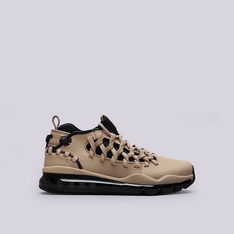 Кроссовки  Nike Sportswear Air Max TR17Кроссовки lifestyle<br>Кожа, текстиль, резина<br><br>Цвет: Кремовый, чёрный<br>Размеры US: 8<br>Пол: Мужской