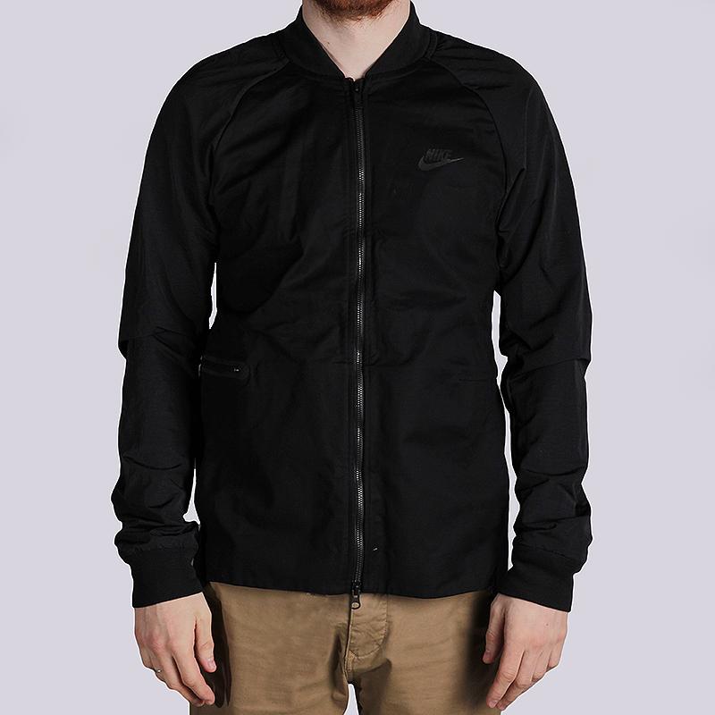 Куртка Nike Sportswear Varsity JacketКуртки, пуховики<br>100% хлопок<br><br>Цвет: Черный<br>Размеры US: M<br>Пол: Мужской