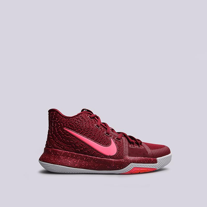 Кроссовки Nike Kyrie 3(GS)Кроссовки баскетбольные<br>пластик, текстиль, резина<br><br>Цвет: Малиновый<br>Размеры US: 3.5Y<br>Пол: Детский