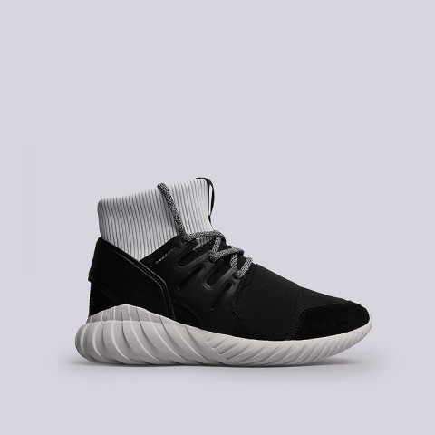 Кроссовки  adidas Originals Tubular Doom