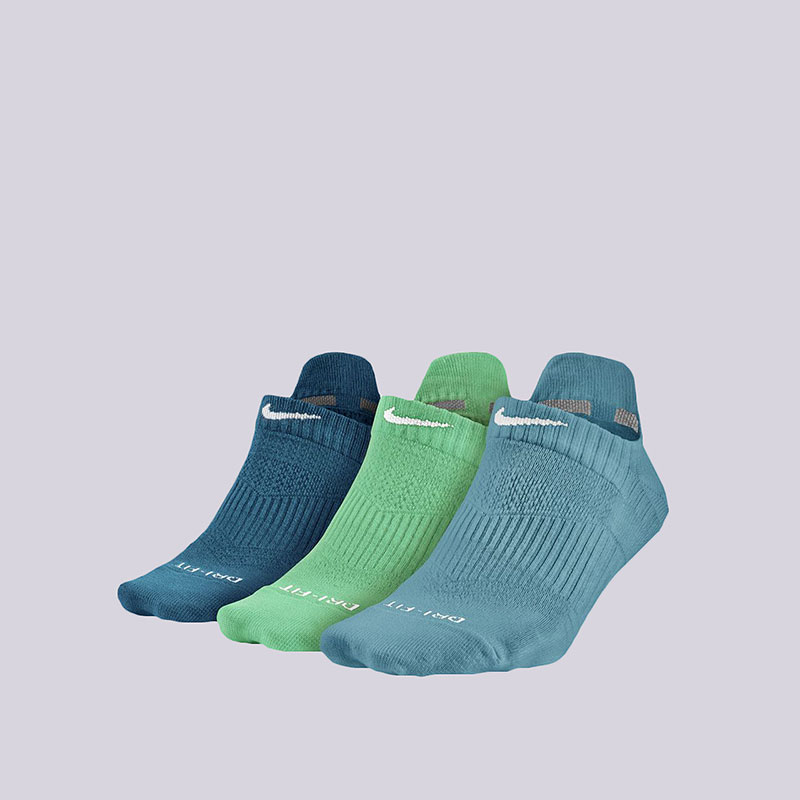 Носки Nike 3PPK Dri-FIT LightweightНоски<br>Нейлон, хлопок, полиэстер, эластан<br><br>Цвет: Голубой<br>Размеры US: M<br>Пол: Женский