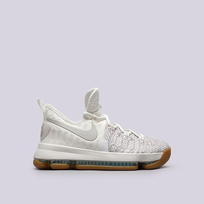 Кроссовки Nike Zoom KD 9 GSКроссовки баскетбольные<br>Текстиль, резина<br><br>Цвет: бежевый, коричневый<br>Размеры US: 3.5Y;4Y<br>Пол: Детский