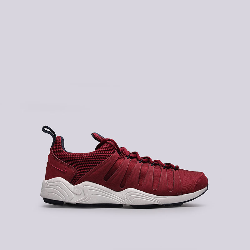 Кроссовки Nike Sportswear Air Zoom SpirimicКроссовки lifestyle<br>Текстиль, кожа,  резина, пластик<br><br>Цвет: Красный<br>Размеры US: 7.5;8;8.5;10.5;11;11.5<br>Пол: Мужской