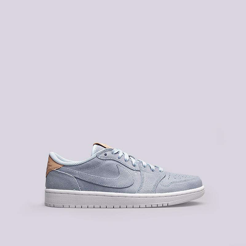 Кроссовки Jordan 1 Retro Low OG PRMКроссовки lifestyle<br>Кожа, текстиль, резина<br><br>Цвет: Голубой<br>Размеры US: 8;9;9.5;10.5;11.5<br>Пол: Мужской