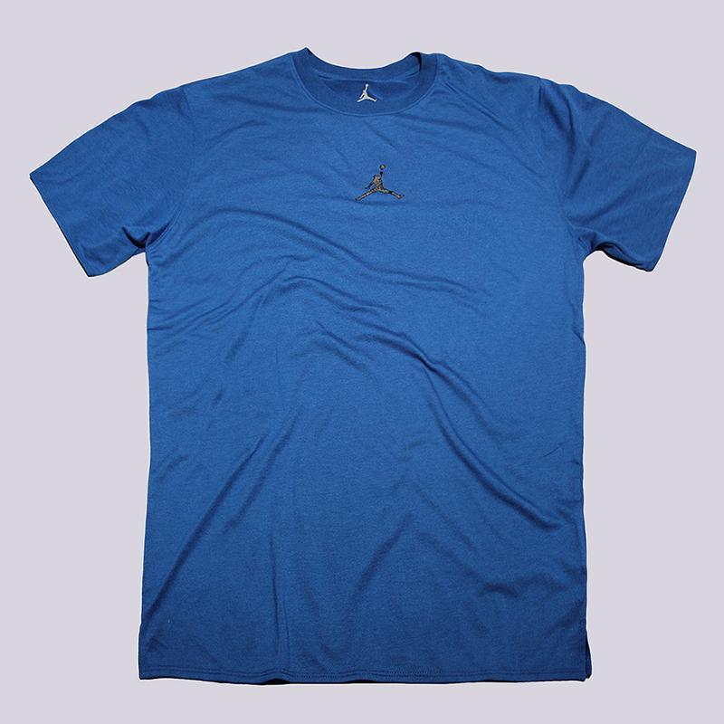 Футболка Jordan Tech Short SleeveФутболки<br>75% полиэстер, 13% хлопок, 12% вискоза<br><br>Цвет: Синий<br>Размеры US: M;XL;2XL<br>Пол: Мужской