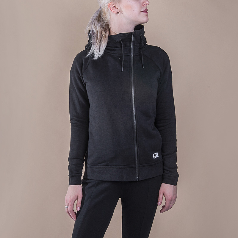 Толстовка Nike Modern CapeТолстовки свитера<br>52% хлопок, 29% полиэстер, 19% вискоза<br><br>Цвет: Черный<br>Размеры US: S<br>Пол: Женский