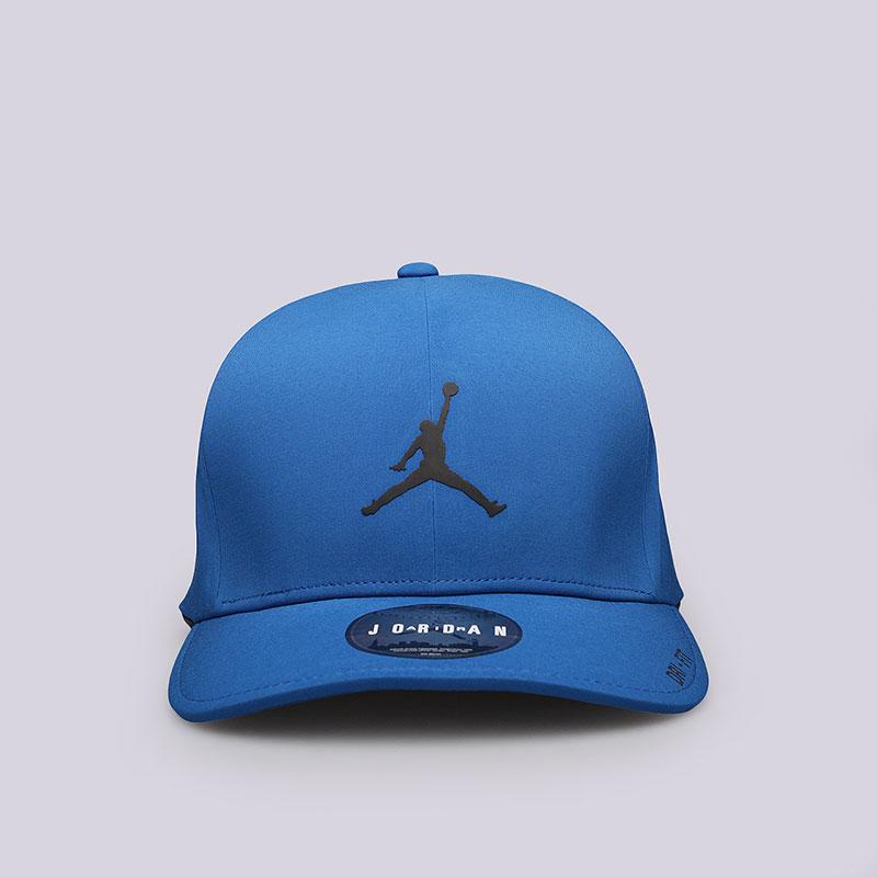 Кепка Jordan Classic 99Кепки<br>Полиэстер, эластан, хлопок<br><br>Цвет: Синий<br>Размеры US: M/L