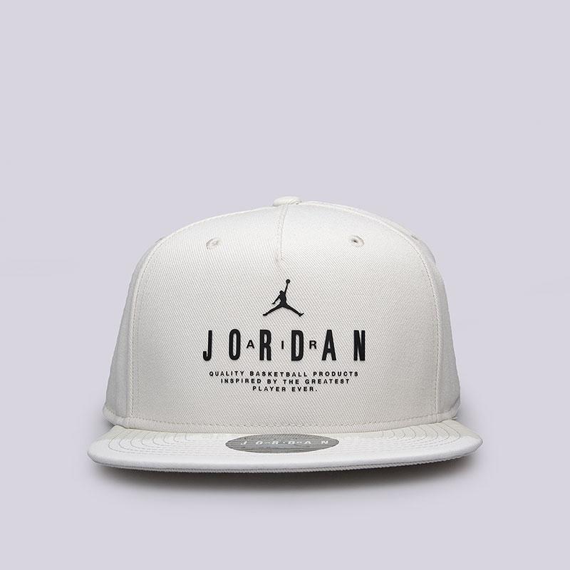 Кепка Jordan Modern Heritage SnapbackКепки<br>Полиэстер, хлопок<br><br>Цвет: Бежевый<br>Размеры US: OS