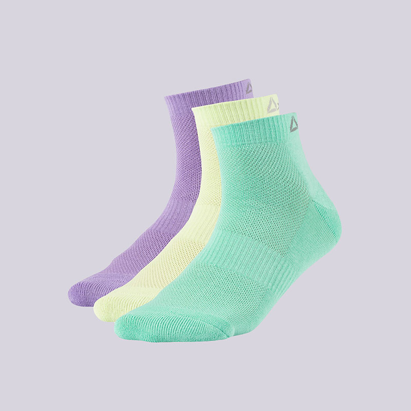 Носки Reebok SE U ANK Sock 3PНоски<br>Хлопок, полиэстер, эластан<br><br>Цвет: Фиолетовый, салатовый, зелёный<br>Размеры US: 9-11