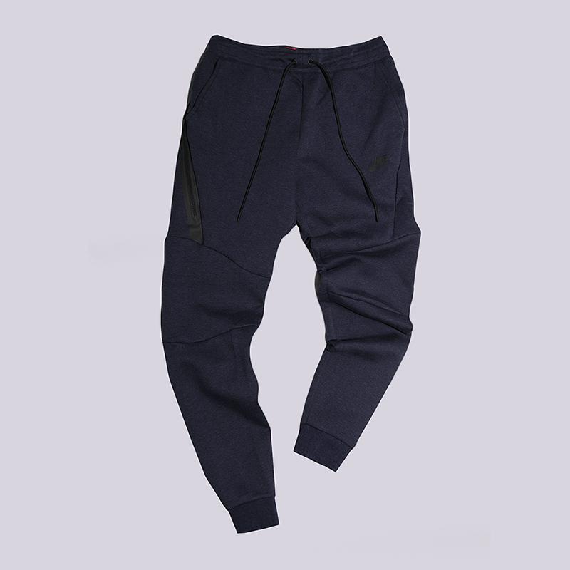Брки Nike Sportswear Fleece JoggerБрки и джинсы<br>66% хлопок, 34% полистер<br><br>Цвет: Синий<br>Размеры US: M<br>Пол: Мужской