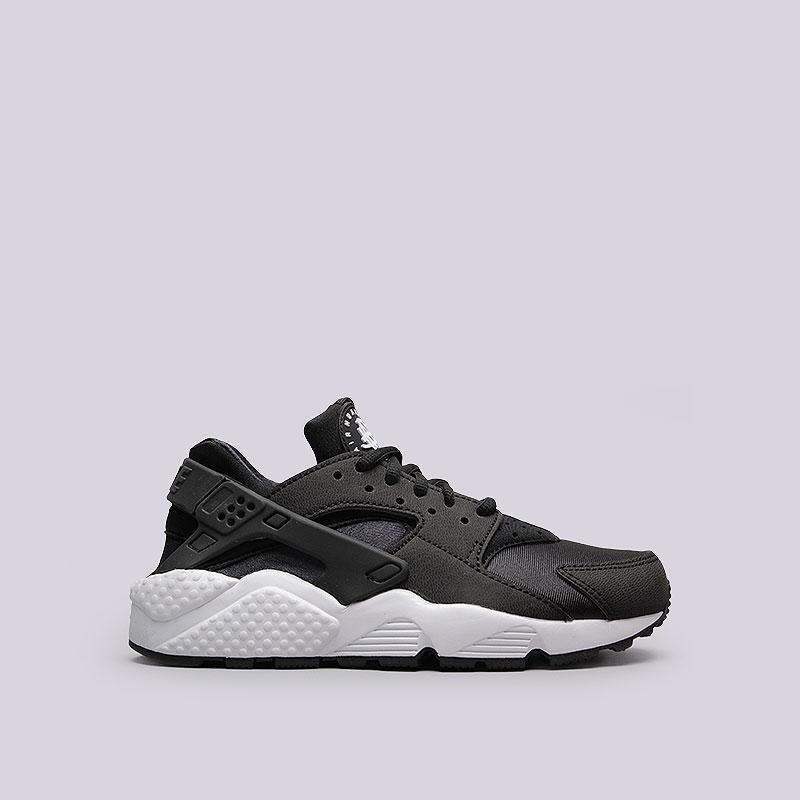 Кроссовки  Nike Sportswear WMNS Air Huarache RunКроссовки lifestyle<br>Текстиль, синтетика, резина, пластик<br><br>Цвет: Чёрный<br>Размеры US: 6;7;8<br>Пол: Женский