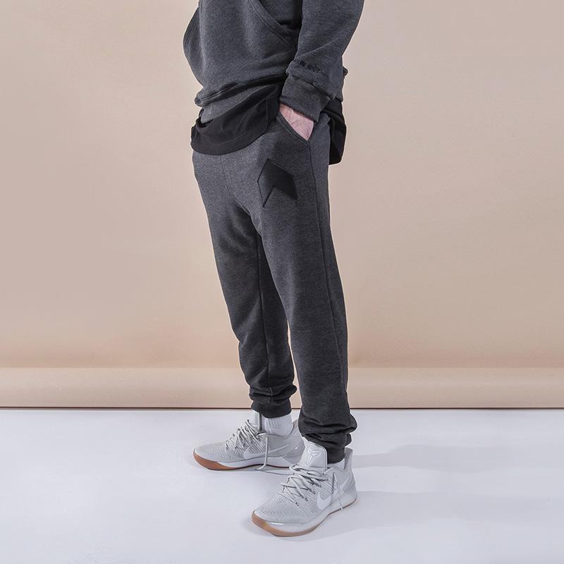 Брюки Hard ШевронБрюки и джинсы<br>Хлопок<br><br>Цвет: Серый<br>Размеры : S;M;XL;2XL<br>Пол: Мужской