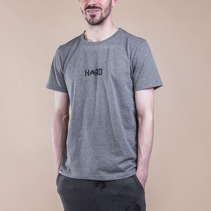 Футболка Hard Blank T-ShirtФутболки<br>Хлопок<br><br>Цвет: Серый<br>Размеры : XL<br>Пол: Мужской