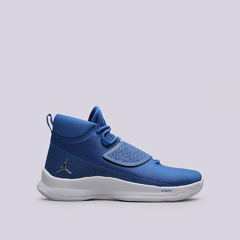Кроссовки Jordan Super.Fly 5 POКроссовки баскетбольные<br>Текстиль, резина, пластик<br><br>Цвет: Синий, белый<br>Размеры US: 8;8.5;9<br>Пол: Мужской