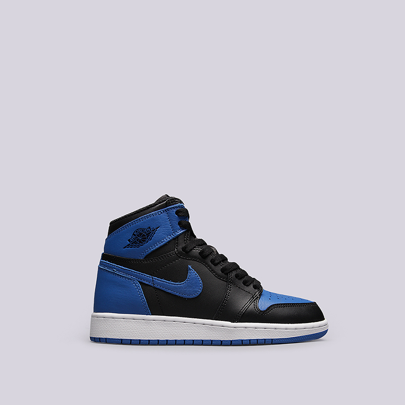 Кроссовки Jordan 1 Retro High OG BGКроссовки lifestyle<br>Кожа, текстиль, резина<br><br>Цвет: Черный, синий<br>Размеры US: 5.5Y<br>Пол: Детский