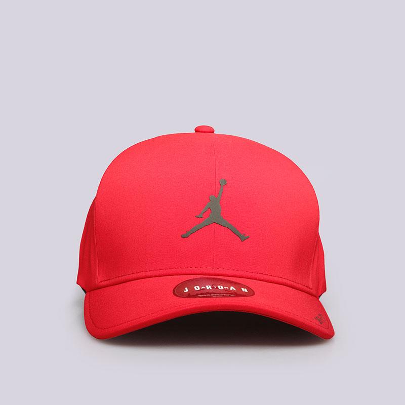 Кепка Jordan Classic99 CapКепки<br>Полиэстер, хлопок<br><br>Цвет: Красный<br>Размеры US: M/L