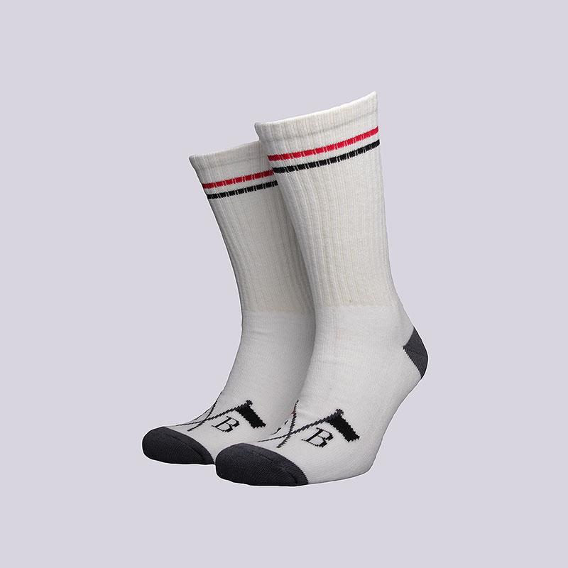 Носки Nike SB SB SocksНоски<br>Хлопок, эластан, полиэстер<br><br>Цвет: Белый<br>Размеры US: 1SIZE<br>Пол: Мужской