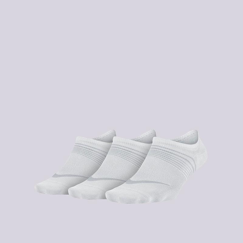 Носки Nike WMNS Lightweight Train 3PPKНоски<br>Нейлон, полиэстер, эластан<br><br>Цвет: Белый<br>Размеры US: S;M<br>Пол: Женский