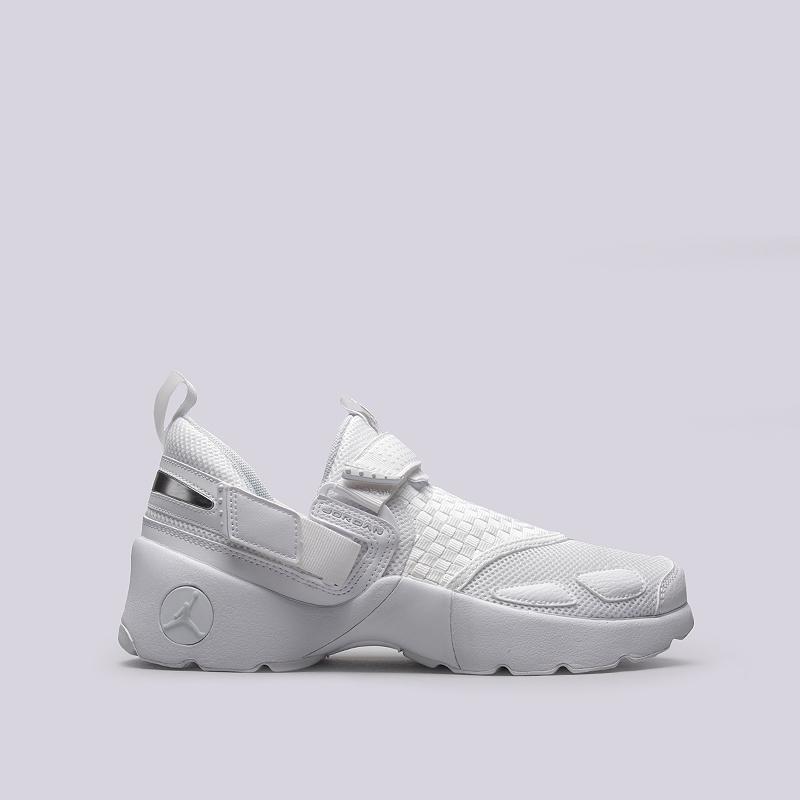 Кроссовки Jordan Trunner LXКроссовки lifestyle<br>Текстиль, синтетика, резина<br><br>Цвет: Белый<br>Размеры US: 10.5<br>Пол: Мужской