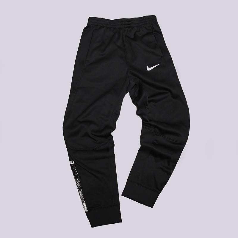 Брюки Nike Lebron Therma PantsБрюки и джинсы<br>100% полиэстер<br><br>Цвет: Черный<br>Размеры US: L;XL<br>Пол: Детский