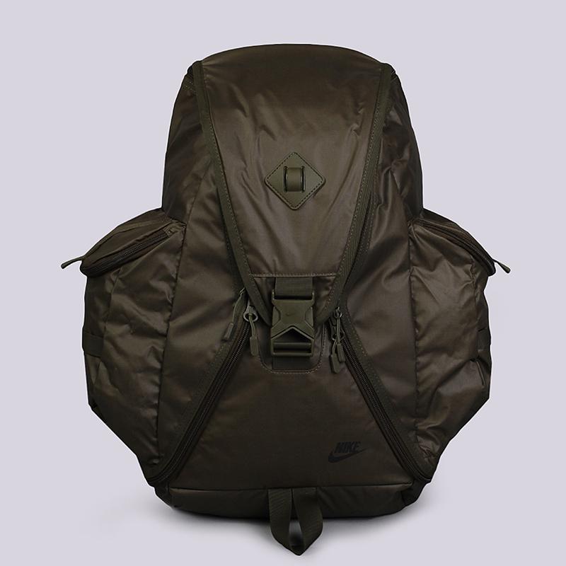 Рюкзак Nike Sportswear Cheyenne ResponderСумки, рюкзаки<br>100% полиэстер<br><br>Цвет: Зеленый<br>Размеры US: OS