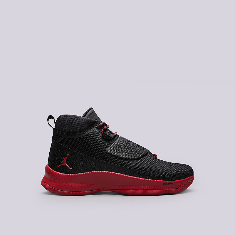 Кроссовки  Jordan Super.Fly 5 POКроссовки баскетбольные<br>Текстиль, пластик, резина<br><br>Цвет: Чёрный<br>Размеры US: 8;9;9.5<br>Пол: Мужской