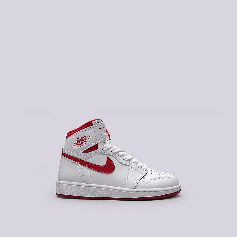 Кроссовки  Jordan 1 Retro High OG BGОбувь детская<br>Кожа, синтетика, текстиль, резина<br><br>Цвет: Белый<br>Размеры US: 3.5Y;4Y;4.5Y;5Y;5.5Y;6Y;7Y<br>Пол: Женский