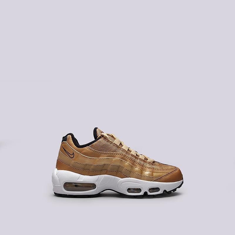 Кроссовки Nike Sportswear WMNS Air Max 95 QSКроссовки lifestyle<br>Синтетика, текстиль, резина<br><br>Цвет: Золотой<br>Размеры US: 6.5;8;9<br>Пол: Женский