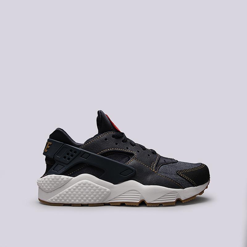 Кроссовки Nike Sportswear Air Huarache Run SEКроссовки lifestyle<br>Кожа, текстиль, резина, пластик<br><br>Цвет: Синий<br>Размеры US: 8;8.5;9;9.5;10;10.5;11;11.5;12;12.5;13<br>Пол: Мужской