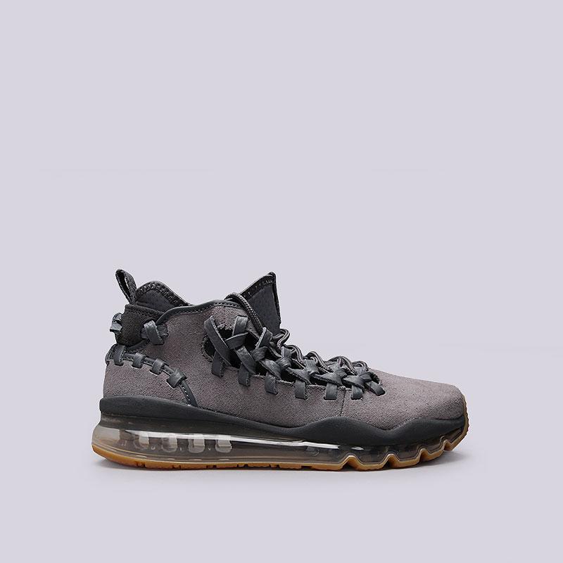 Кроссовки  Nike Sportswear Air Max TR17Кроссовки lifestyle<br>Кожа, текстиль, резина<br><br>Цвет: Серый<br>Размеры US: 8;8.5;9;9.5;10;10.5;11;11.5;12<br>Пол: Мужской