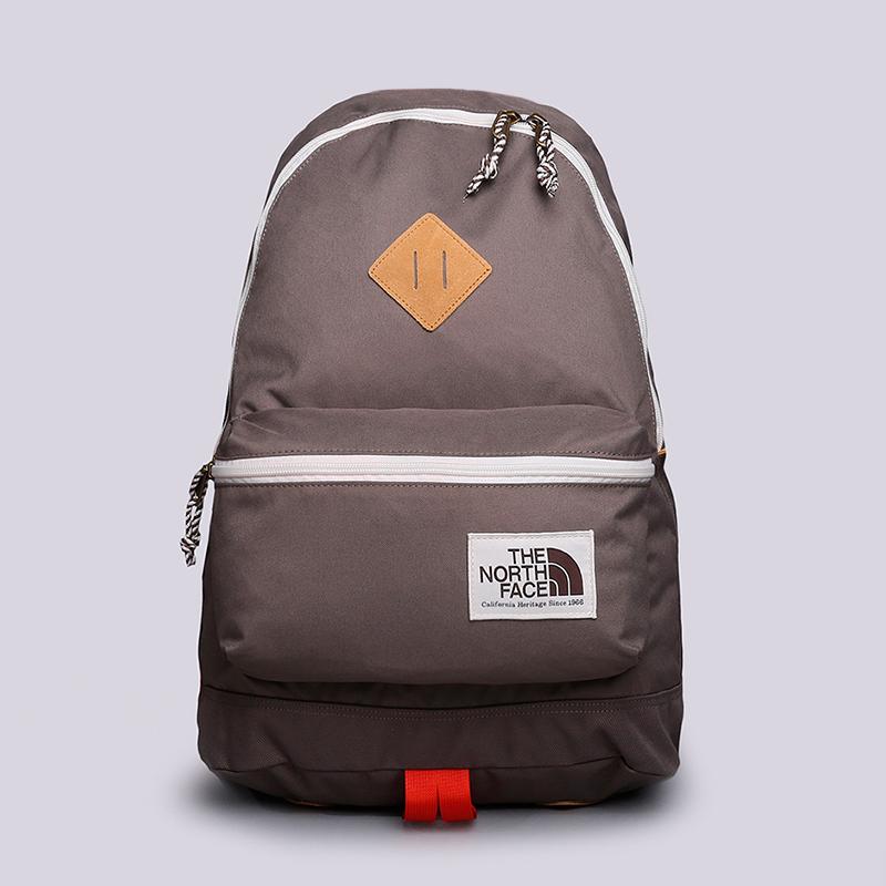 Рюкзак The North Face Berkeley 25LСумки, рюкзаки<br>Полиэстер<br><br>Цвет: Коричневый<br>Размеры US: OS