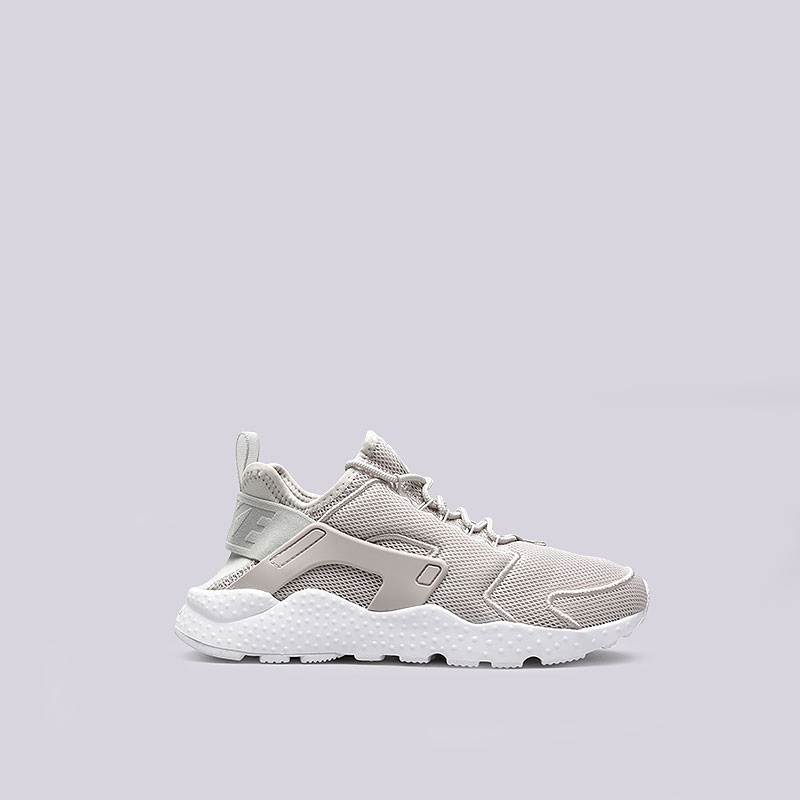 Кроссовки Nike Sportswear WMNS Air Huarache Run Ultra BRКроссовки lifestyle<br>Текстиль, пластик, резина<br><br>Цвет: Кремовый<br>Размеры US: 6;6.5;7;7.5;8;8.5;9<br>Пол: Женский