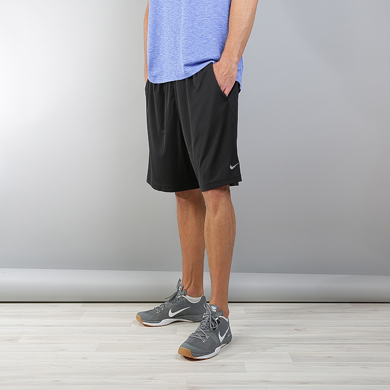 Купить мужские черные  шорты nike dry training shorts в магазинах Streetball изображение - 2 картинки