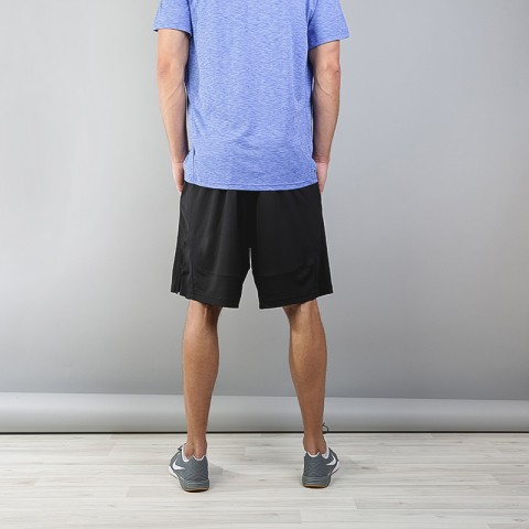 Купить мужские черные  шорты nike dry training shorts в магазинах Streetball - изображение 3 картинки