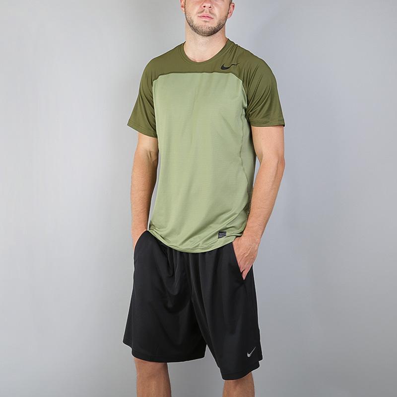 Футболка Nike Pro HypercoolФутболки<br>Полиэстер, эластан<br><br>Цвет: Зеленый<br>Размеры US: S;M;2XL<br>Пол: Мужской