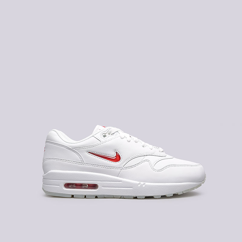Кроссовки Nike Sportswear Air Max 1 JewelКроссовки lifestyle<br>Кожа, синтетика, текстиль, резина<br><br>Цвет: Белый<br>Размеры US: 10;10.5;11.5;12<br>Пол: Мужской
