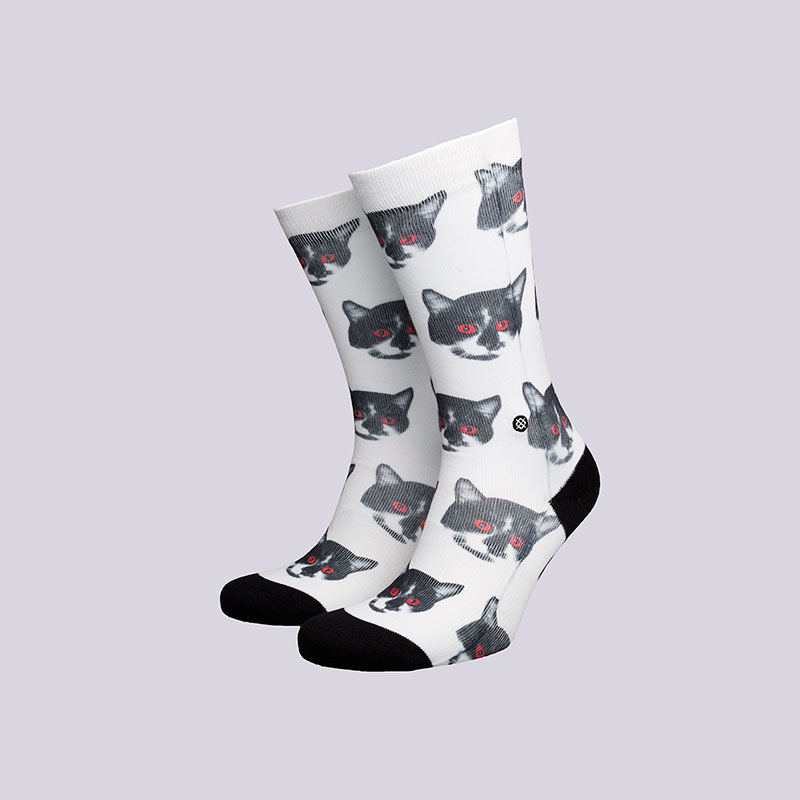 Носки Stance Zombie CatНоски<br>Полиэстер, хлопок, эластан<br><br>Цвет: Белый<br>Размеры : S;M<br>Пол: Мужской