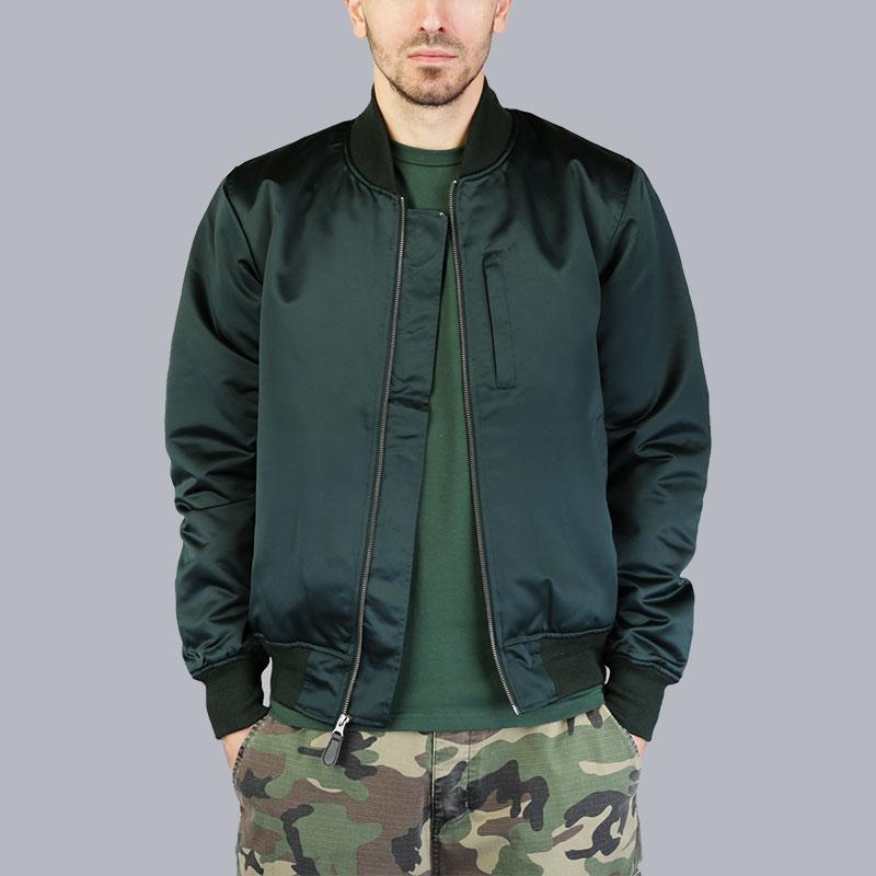 Куртка Stussy Emory Satin BomberКуртки, пуховики<br>Полиэстер<br><br>Цвет: Зелёный<br>Размеры US: M;L;XL<br>Пол: Мужской