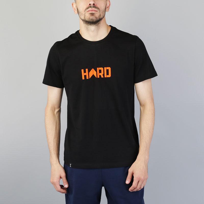 Футболка Hard ЛогоФутболки<br>Хлопок<br><br>Цвет: Черный<br>Размеры : M;L;XL;2XL<br>Пол: Мужской