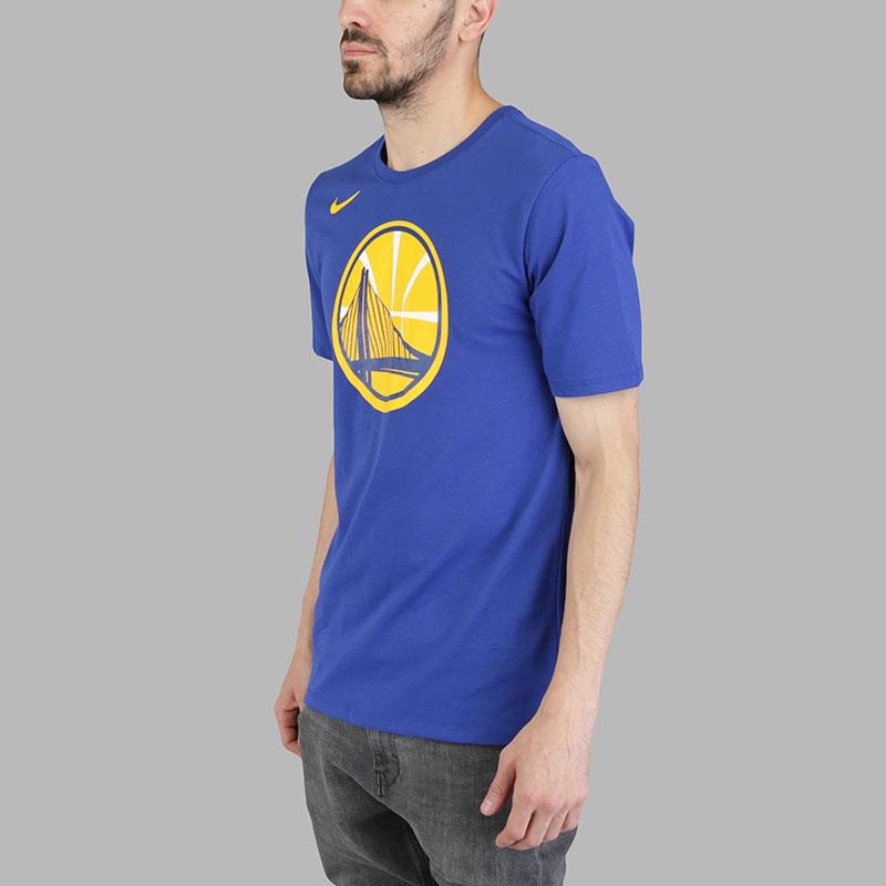 Футболка Nike NBA Golden State Warriors Dry LogoФутболки<br>Хлопок, полиэстер<br><br>Цвет: Синий<br>Размеры US: S;M;L;XL;2XL<br>Пол: Мужской