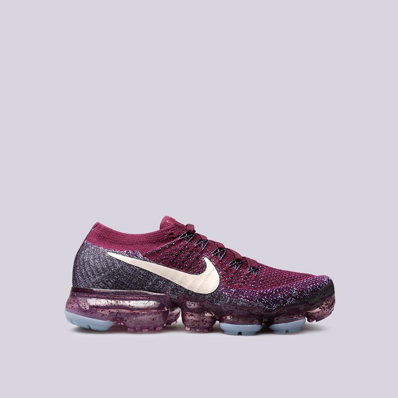 Кроссовки Nike WMNS NikeLab Air Vapormax FlyknitКроссовки lifestyle<br>Пластик, текстиль, резина<br><br>Цвет: Фиолетовый<br>Размеры US: 7;7.5<br>Пол: Женский