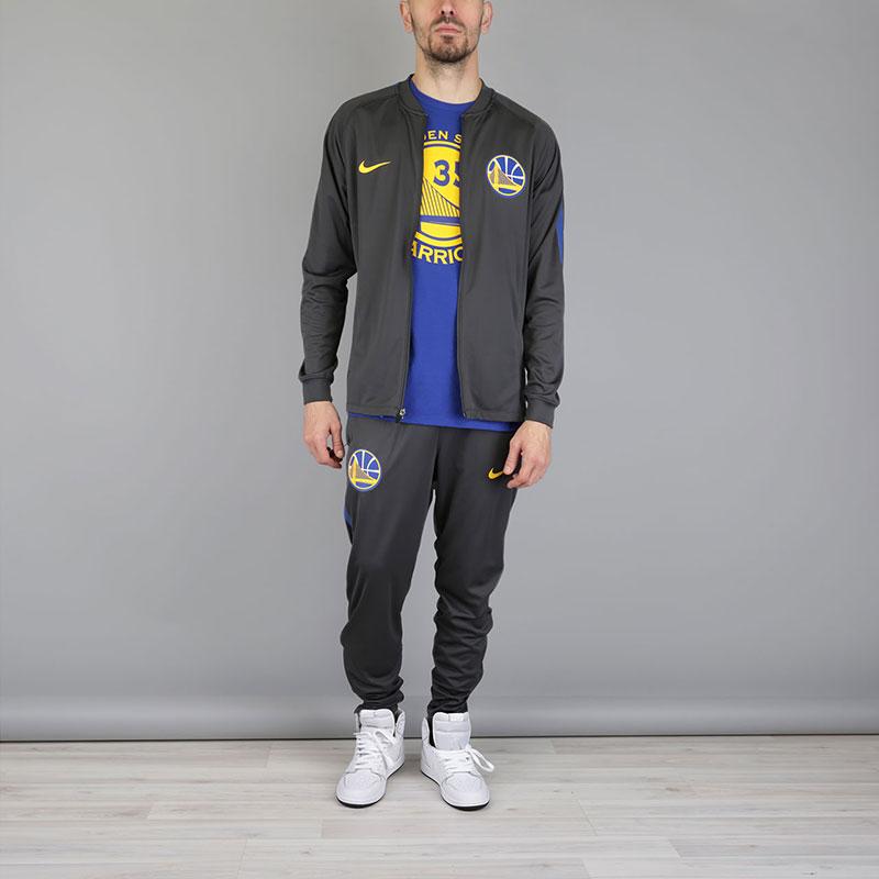Спортивный Костюм Nike GSW Dry NBA Track SuitКостюм<br>Полиэстер, эластан<br><br>Цвет: Серый<br>Размеры US: S;M;L;XL;2XL<br>Пол: Мужской