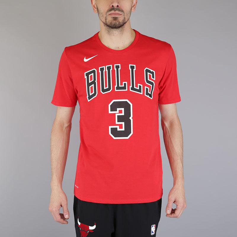 Футболка Nike Dwyane Wade Chi Dry TeeФутболки<br>Хлопок, полиэстер<br><br>Цвет: Красный<br>Размеры US: S;M;L<br>Пол: Мужской