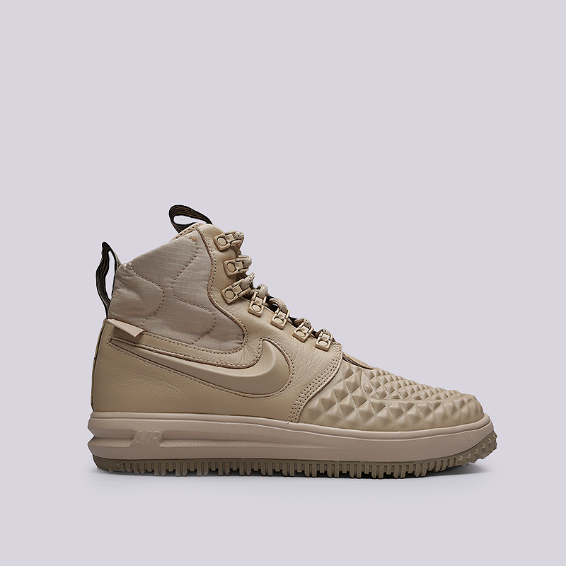 Ботинки Nike LF1 Duckboot `17Ботинки<br>Кожа, синтетика, текстиль, резина<br><br>Цвет: Бежевый<br>Размеры US: 8;8.5;9;10.5;11;11.5<br>Пол: Мужской