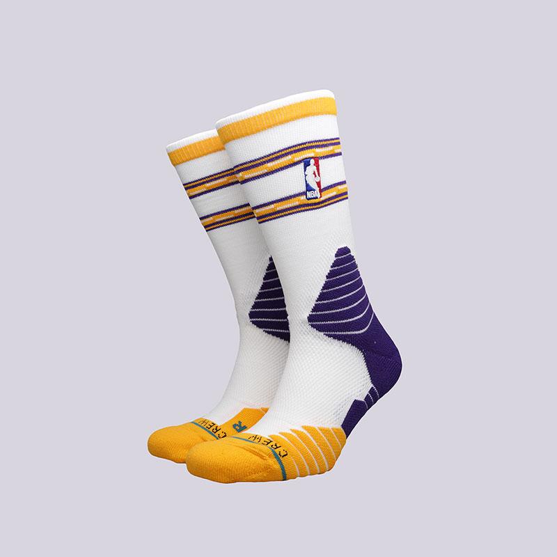 Носки Stance Core Crew LakersНоски<br>Полиэстер, нейлон, спандекс, хлопок<br><br>Цвет: Белый<br>Размеры : L<br>Пол: Мужской