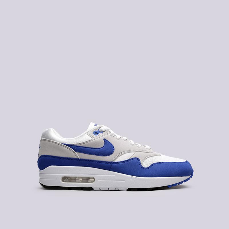 Кроссовки Nike Air Max 1 AnniversaryКроссовки lifestyle<br>Синтетика, текстиль, резина<br><br>Цвет: Белый, синий<br>Размеры US: 10<br>Пол: Мужской