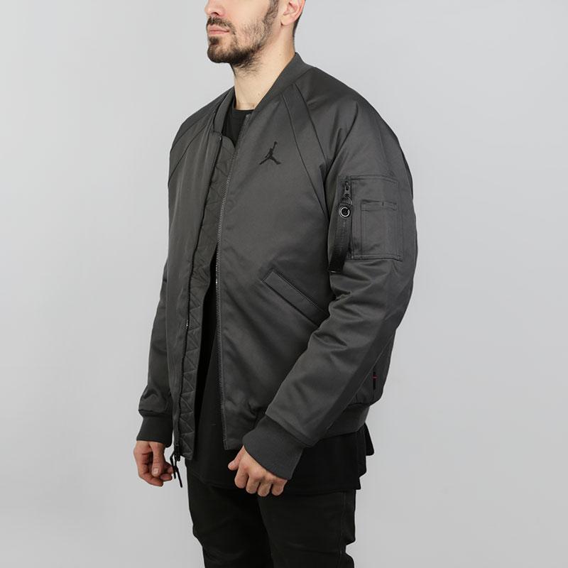 Куртка-бомбер Jordan Wings MA-1Куртки, пуховики<br>Полиэстер<br><br>Цвет: Серый<br>Размеры US: M;L;XL;2XL<br>Пол: Мужской