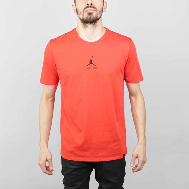 Футболка Jordan Dry 23/7 Jumpman TeeФутболки<br>Хлопок, полиэстер<br><br>Цвет: Красный<br>Размеры US: S;M;L;XL;2XL<br>Пол: Мужской