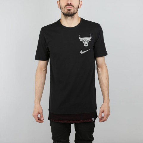 Футболка Nike NBA Chicago Bulls Tee